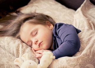 dziecko spi